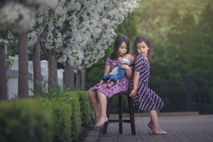 Sibling Photographer in Birmingham, MI | Enchanted Photography - SiblingsPage